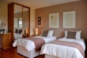 9_bedroom 1.jpg